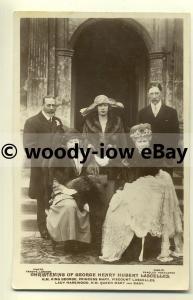 r0118 - Princess Mary's son George , Christening Group - postcard