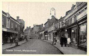 Queen Street, Maidenhead, Commerce, Stores, Animated Street, Old Car