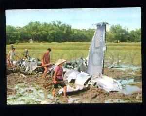 180236 VIETNAM Here! US Air Forces old postcard