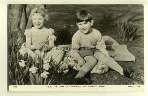 q1918 - T.R.H Prince Charles & Princess Anne as Children - postcard - Tuck's
