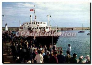 Modern Postcard Quiberon Boarding For Belle Isle on the ship Guerveur
