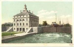 Steamship entering Poe Lock, Sault Ste. Marie, Michigan, 1900-10s