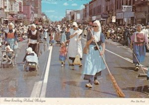 Street Scrubbing Holland Michigan
