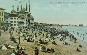 C.1910 Surf and Bath House at Ocean Park, California Vintage Postcard P101
