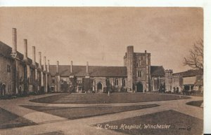 Hampshire Postcard - St Cross Hospital - Winchester - Ref 19522A