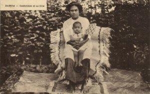 PC CPA SAMOA, PACIFIC, CATÉCHISTE ET SA FILLE, Vintage Postcard (b19453)
