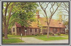 New York, Long Island East Hampton Free Library - [NY-236]