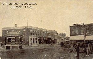 LPS44 CALMAR Iowa Main Street and Square Town View Postcard