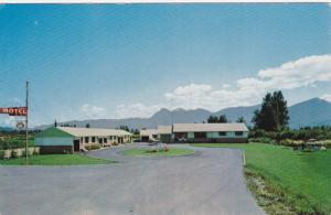 Exterior,  Rainbow Motel,  Chilliwack, B.C., Canada,  40-60s
