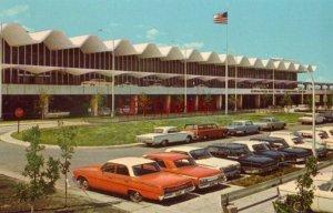 MINNEAPOLIS - ST. PAUL INTERNATIONAL AIRPORT circa 1965