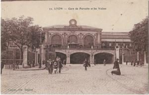 France - Lyon Gare de Perrache et les Voutes 01.24