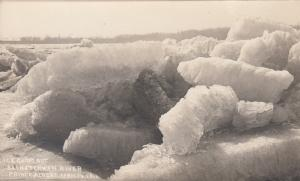 RP: SWIFT CURRENT , Sask. , Canada , 1900-10s ; Ice Going Out