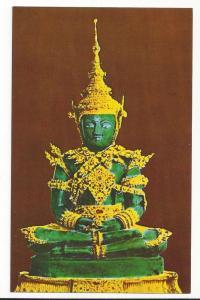 Thailand Emerald Buddha Summer Attire Wat Phra Keo Bangkok