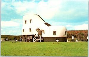 York, Pennsylvania Postcard THE SHOE HOUSE Highway 30 Roadside c1950s Unused