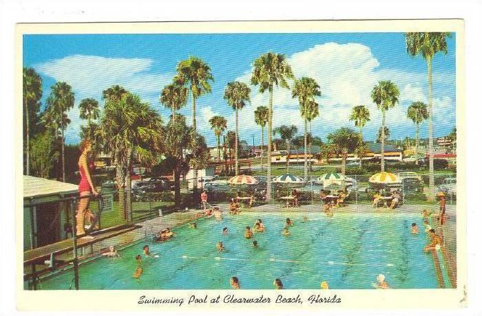 Swimming Pool at Clearwater Beach, Florida, 40-60s / HipPostcard