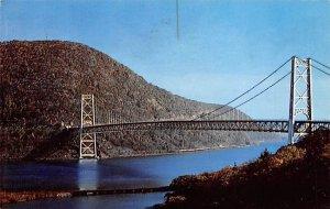 Bear Mountain Bridge Hudson River, New York NY