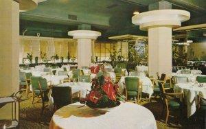 HOLLYWOOD , California , 1940-60s ;  Roosevelt Hotel , Garden Room