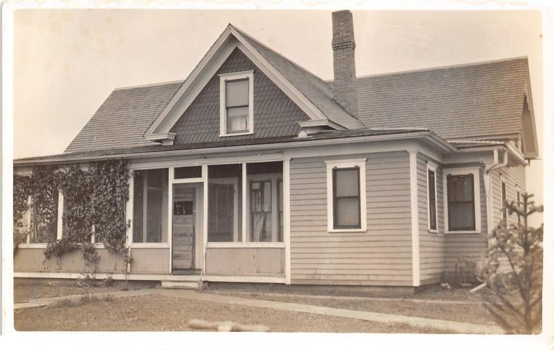 RPPC House w/Shakes on Gable~Enclosed Porch~Double Gutter Spouts~Pine RPPC 1916