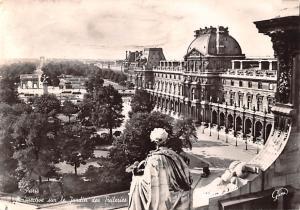 Paris France Perspective sur le Jardin des Tuileries Paris Perspective sur le...