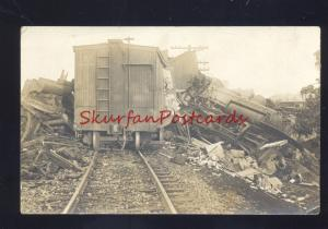 RPPC RAILROAD TRAIN CAR ENGIN LOCOMOTICE WRECK CRASH REAL PHOTO POSTCARD