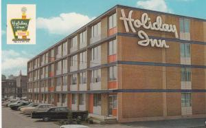 SCRANTON , Pennsylvania , 50-70s; Holiday Inn and Parking Lot
