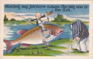 Fishing Comic , Giant Fish & Photographer w/ camera , PU-1937