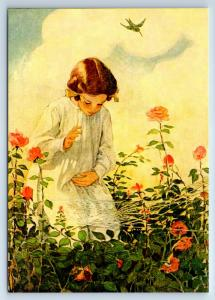LITTLE GIRL and spider web in Garden by Smith New Unposted Postcard
