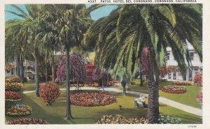 CORONADO, California, 1900-1910s; Patio, Hotel Del Coronado