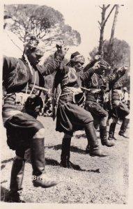 RP: Bergama Efelers, İzmir Province, Aegean Region , Republic of Turkey. 30-40s