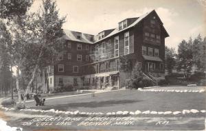 Brainerd Minnesota~Robert's Pine Beach Hotel on Gull Lake~Folk in Front~'48 RPPC
