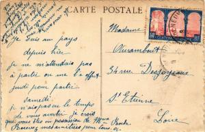 CPA St-Pourcain-sur-Sioule Caisse d'Epargne et Rue Marcellin Berthelot (683311)