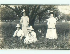 rppc Pre-1918 Fashion FOUR WOMEN ALL WEARING POINTED HATS AC7758