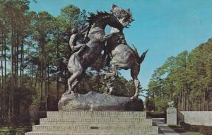 Statue of The Fighting Stallions, Brookgreen Gardens, Murrells Inlet, South C...