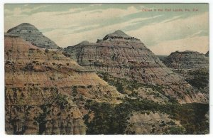 Vintage Postcard View of Canon In The Bad Lands, North Dakota