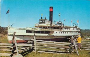 Last Sidewheel Steamer Ticonderoga at Shelburne Museum VT