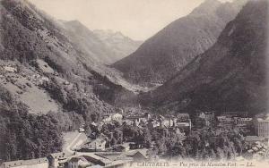 CAUTERETS, Vue prise du Mamelon Vert., Hautes Pyrenees, France, 00-10s