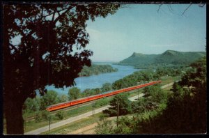 Twin Cities Hiawatha,Train,Milwaukee Road Railroad