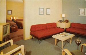 7340 VA Springfield    Skylark Motel,  Interior Suite