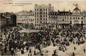 CPA BREST - Place du Champ-de-Bataille - un jour de Musique (384204)