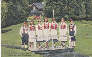 Wisconsin Blue Mounds Guides At Little Norway Curteich