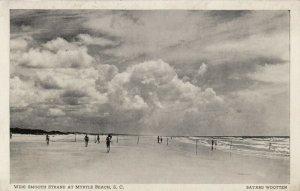 MYRTLE BEACH, South Carolina, 10-30s; Wide smooth strand