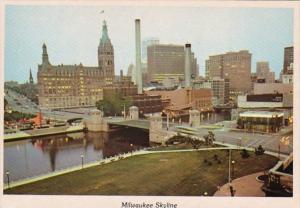 Wisconsin Milwaukee Skyline Twilight View