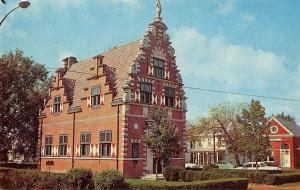 Lewes Delaware~Zwaanendael House~Hoorn Holland Town Hall~1950s Cars~Postcard