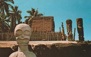 City of Refuge, Hoonaunau HI, Hawaii - Ancient Tikis and Relics