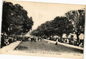 CPA La Rochelle-Le Mail un jour de musique (45274)