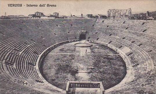 Italy Verona Interno dell' Arena