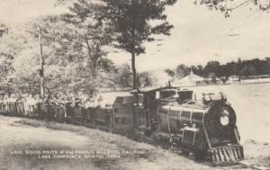 BRISTOL , Connecticut, 1953 ; Miniature Train , Lake Compounce