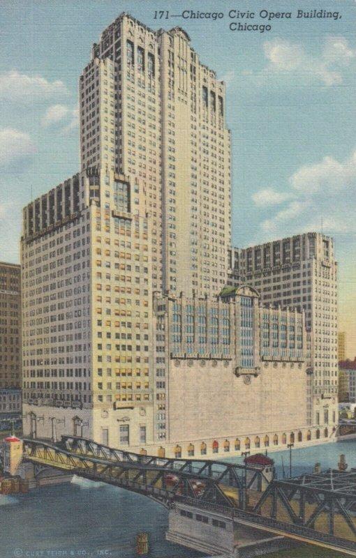 CHICAGO, Illinois, 1930-40s ; Opera Building