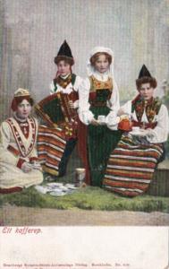 Sweden Ett kafferet Locals In Traditional Costume