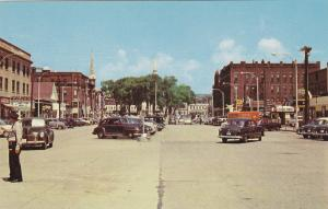 KEENE , New Hampshire , 50-60s ; Widest Paved Main Street in the World